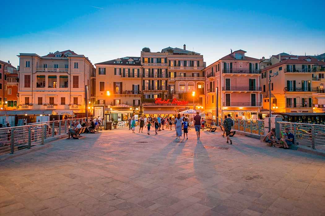 Hotel Ligure Alassio Italien Direkt Am Strand 4 Sterne Hotel Alassio
